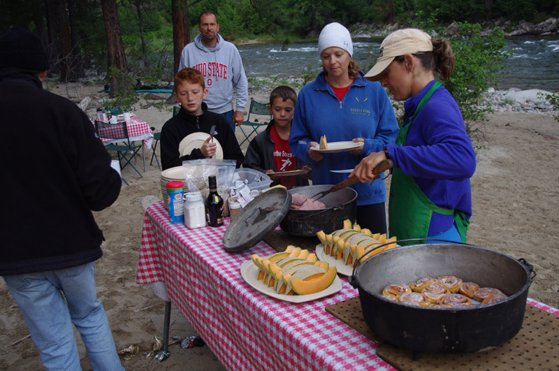 Camping with Aggipah, morning breakfast